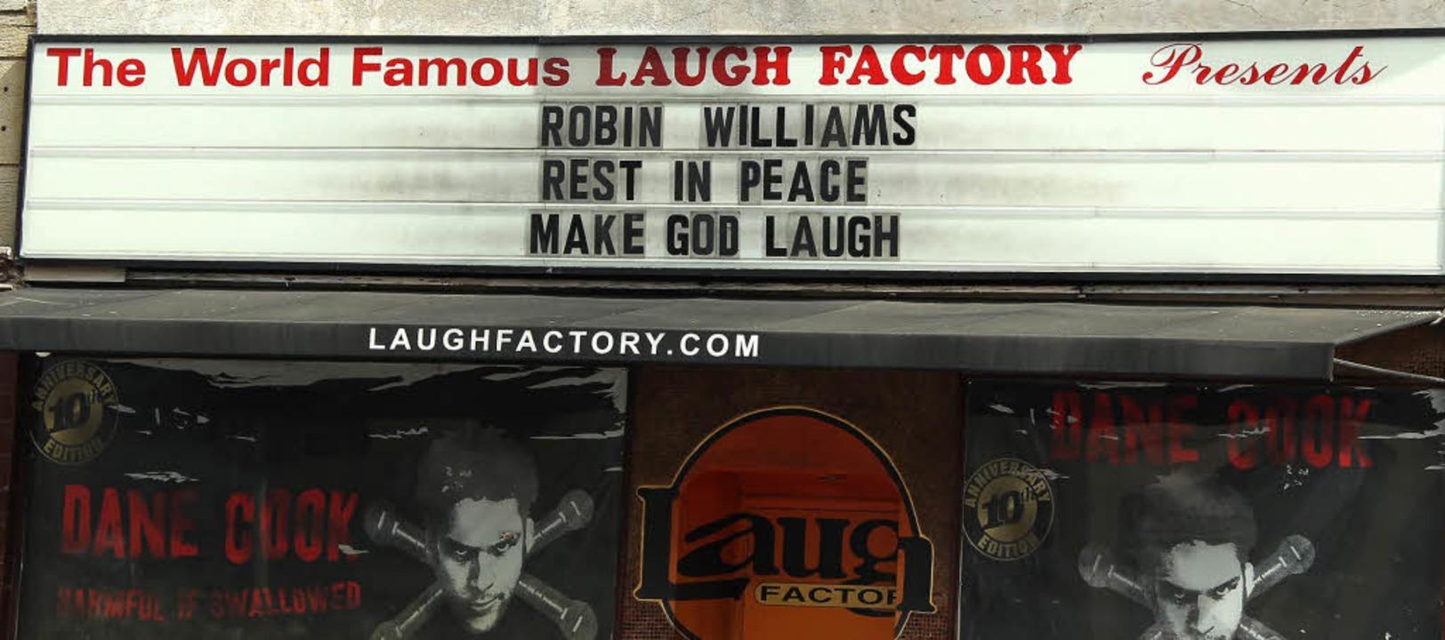 Er möge in Frieden ruhen – und G...ms an einem Comedy-Club in Hollywood.   | Foto: Dpa