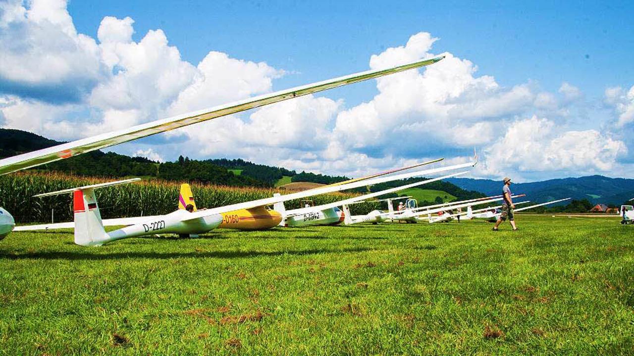 Fluglager des Breisgauvereines für Seg...atz zwischen Oberried und Kirchzarten.    Foto: Georg Gundermann