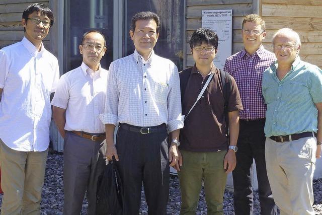 Japaner staunen über das Bioenergiedorf