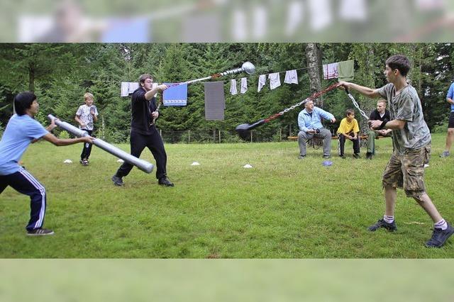 20 Scouts genießen das Lagerleben