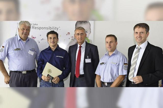 Firma Hellma stellt Mitarbeiter frei