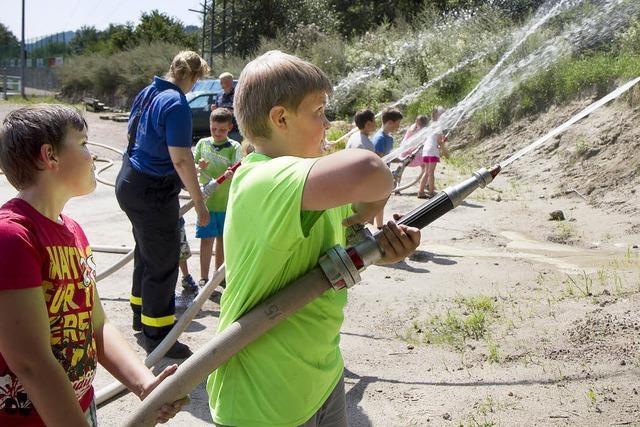 Kinder erlebten die Feuerwehr hautnah