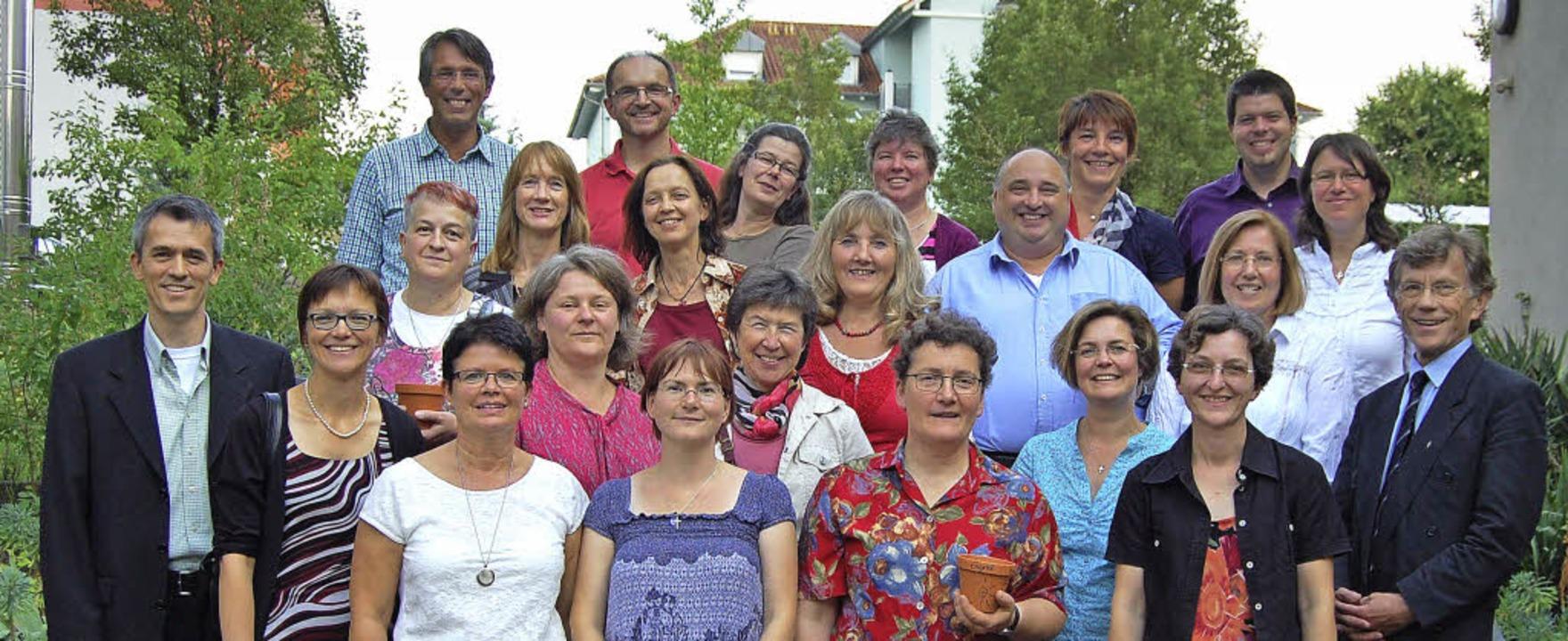 Gruppenbild zum Abschied: Regionalrefe...rn des Pastoralkurses der Erzdiözese.   | Foto: Barbara Puppe