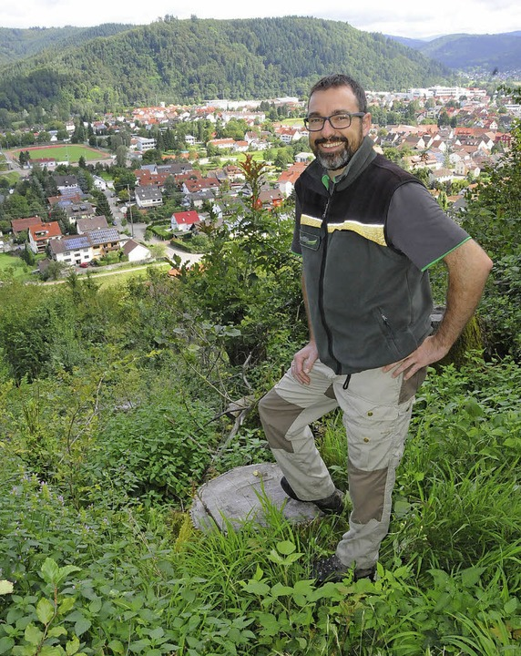 Revierförster Sven Hendrik Wünsch freu...  Und alle Beteiligen sind zufrieden.   | Foto: Robert Bergmann
