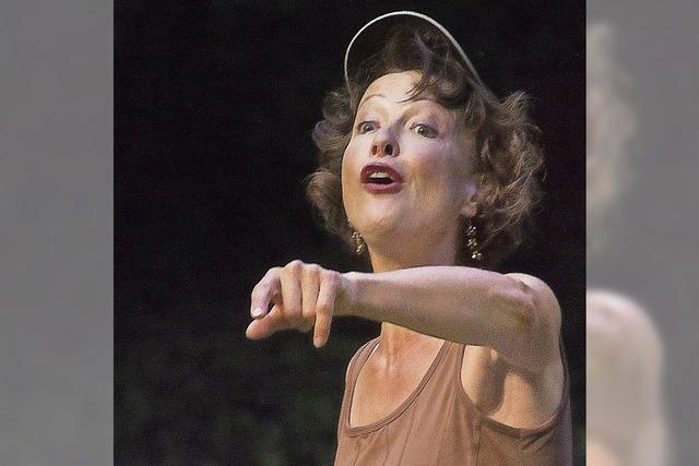 Carmen Fuggis singt in Emmendingen