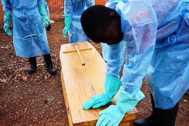 Infizierte Ebola-Patienten flüchten aus Krankenhaus