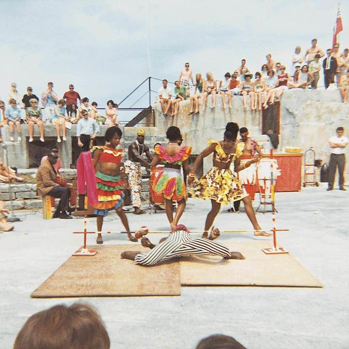 nfeuerung auf karibisch: Craze Limbo Tänzer  | Foto: Promo