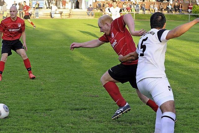 FC Erzingen festigt Tabellenführung