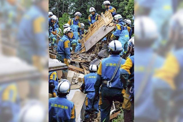 Erdrutsch tötet 36 Menschen