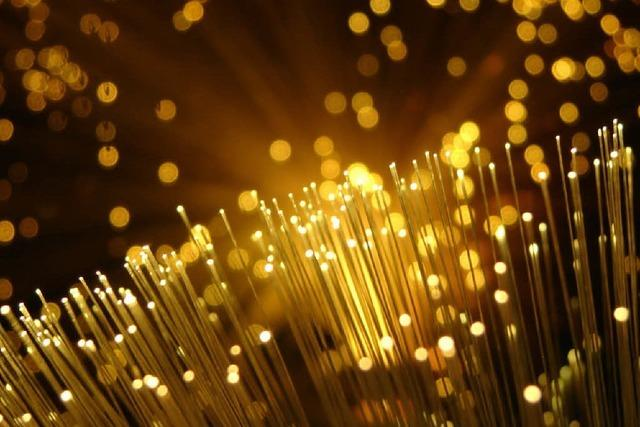 Firmen, Hotels, Haushalte – alle brauchen schnelles Netz
