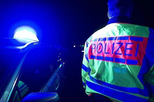 Versicherungsbetrug mit Unfällen: Polizei hebt Bande aus