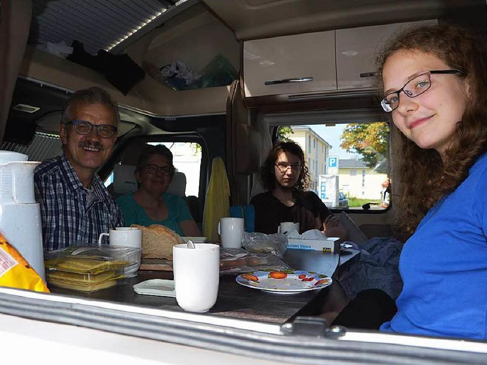 Familie Verheoven aus Südholland gefällt es gut in Bad Säckingen.  | Foto: Martin Herceg