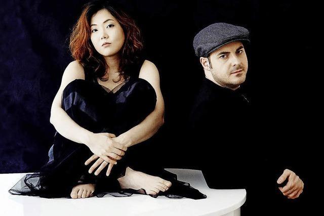 Klavierduo Chie Tsuyuki und Michael Rosenboom im Salmen in Offenburg