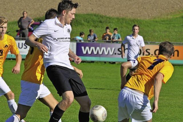 Der FC Neustadt spielt gut, trifft gut