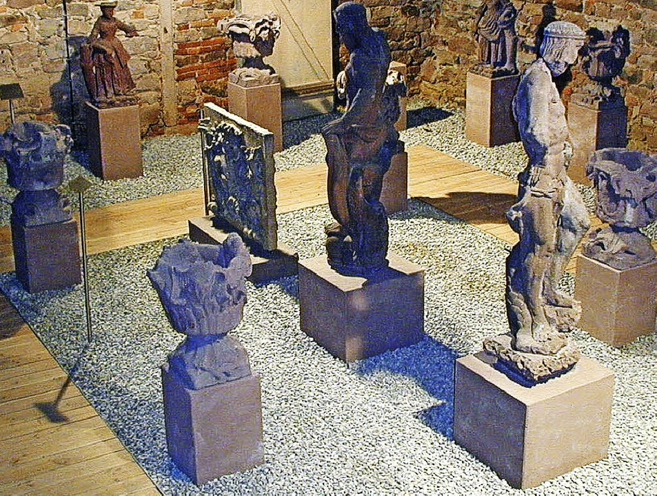 Steinfiguren-Sammlung im Ritterhausmuseum   | Foto: Schlessmann