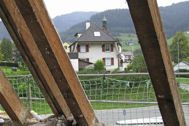 Dachbalken stabil wie vor 100 Jahren