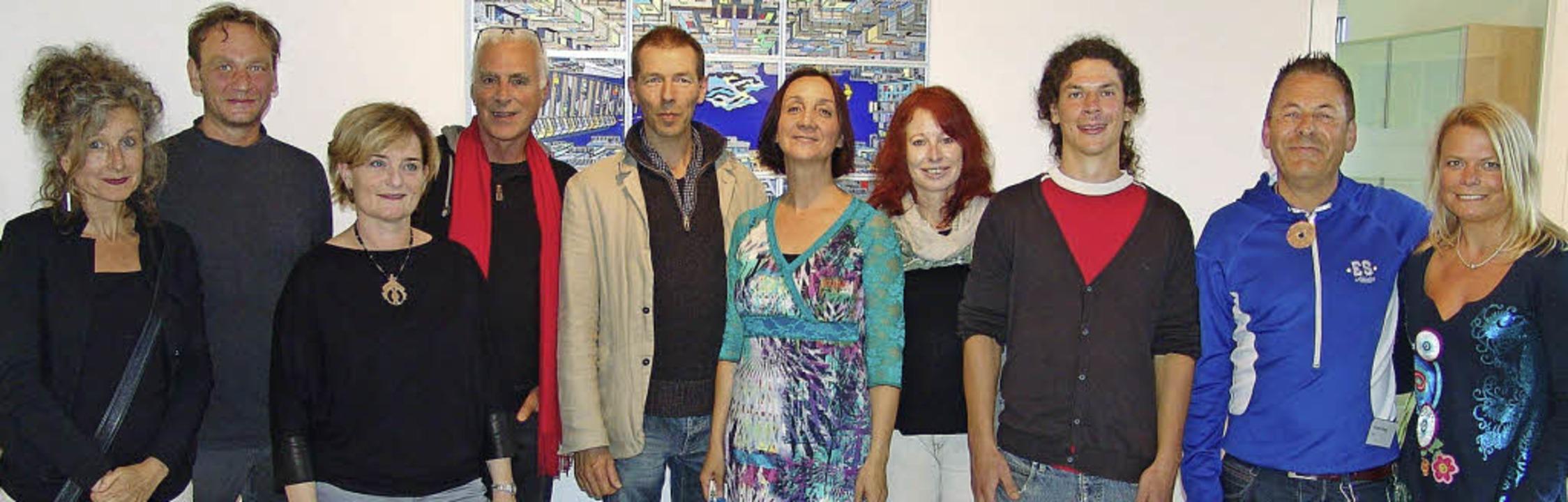 Künstler und  kunsthaus Team bei der F...ner, Romain Burgy, Ute Willmann-Menze.  | Foto: Joachim Frommherz