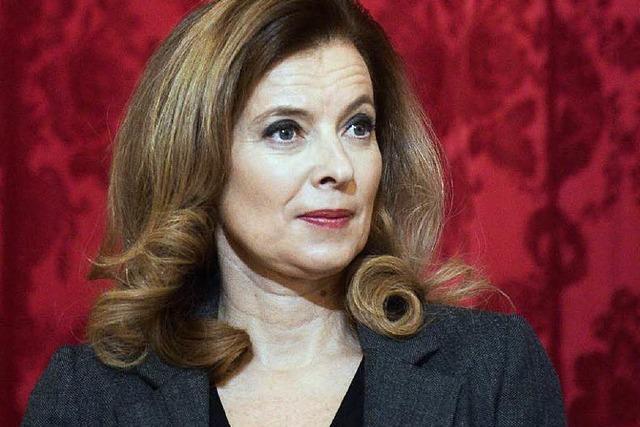 Die Première Dame rechnet mit Frankreichs Präsident ab