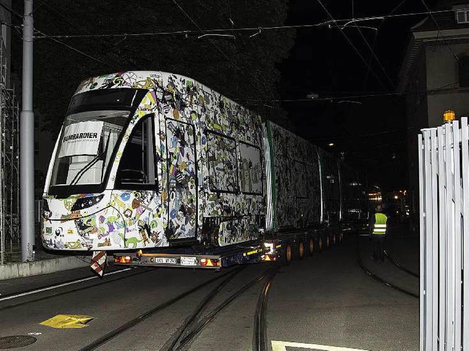 Die Ankunft des ersten Flexity-Trams b...rün ist erst im Regelbetrieb zu sehen.  | Foto: Jan Räber
