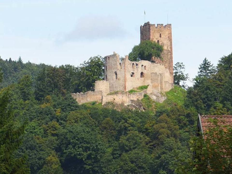 Auch für die Turmsanierung der Kastelburg wird Geld bereitgestellt.    Foto: Bernd Fackler
