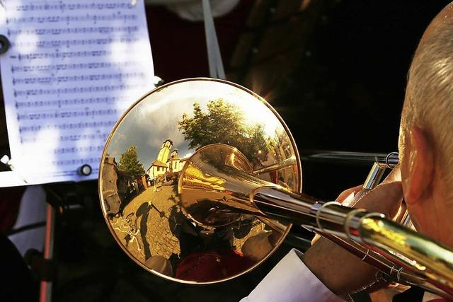 Flohmarkt und Musik