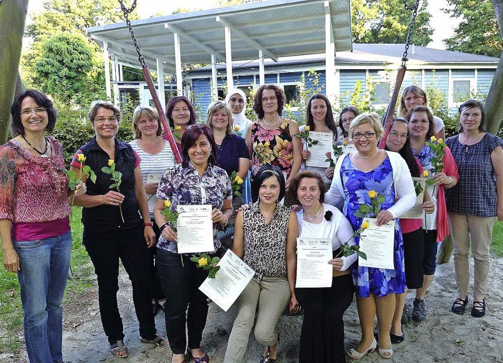 16 Frauen  haben sich als Tagesmütter qualifiziert.     Foto: ZVG