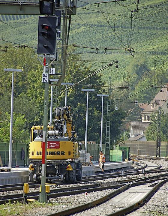 Rund um die Uhr hatten die Anwohner im... Bahnhofs zuletzt Baulärm zu ertragen.  | Foto: FREY