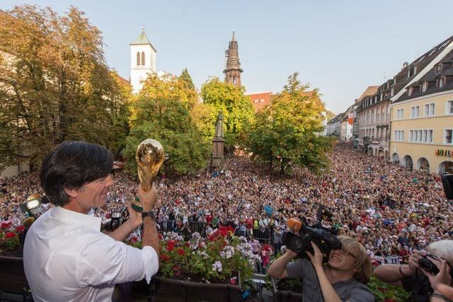 Freiburg feiert Jogi Löw – Großer Empfang für den Weltmeistertrainer