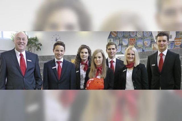 Sparkasse freut sich über neue Nachwuchskräfte