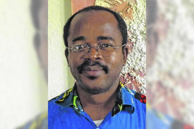 Pater Ndongo tauscht einmal im Jahr die Kirche