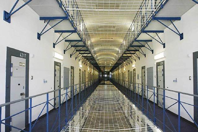 In der Gefängniszelle verhungert