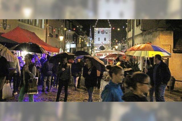 Bummeln unterm Regenschirm