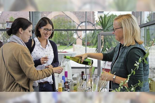 Viele zeigen Interesse an dem, was hinter dem Wein steckt