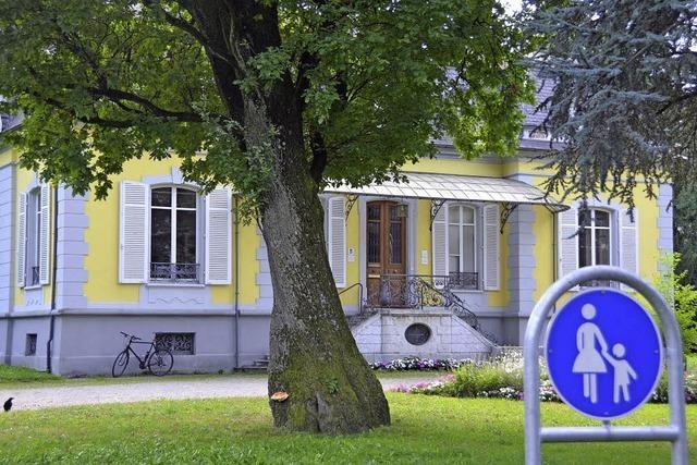 Familienzentrum in die Villa Aichele?