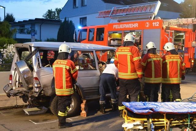 Autos außer Kontrolle: 6 Verletzte bei schwerem Unfall in Weil am Rhein