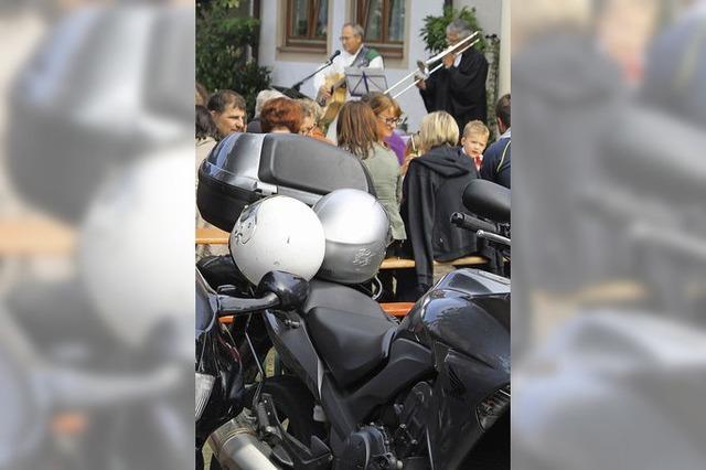 150 Biker kamen zum Gottesdienst