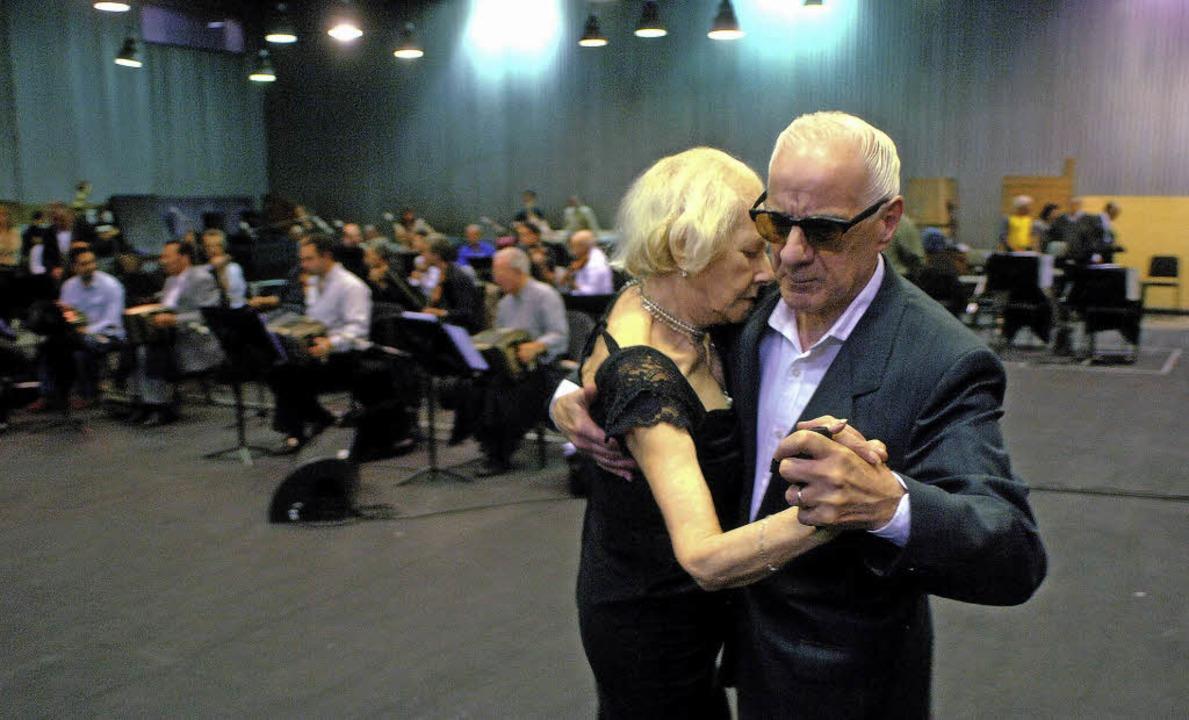 Tango unter Kastanien: Freiluftkino ve...ga und Lesungen ist der Eintritt frei.  | Foto: Kinowelt GmbH