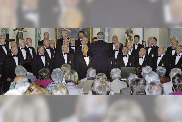 Musikalische Stütze für Kirchturm