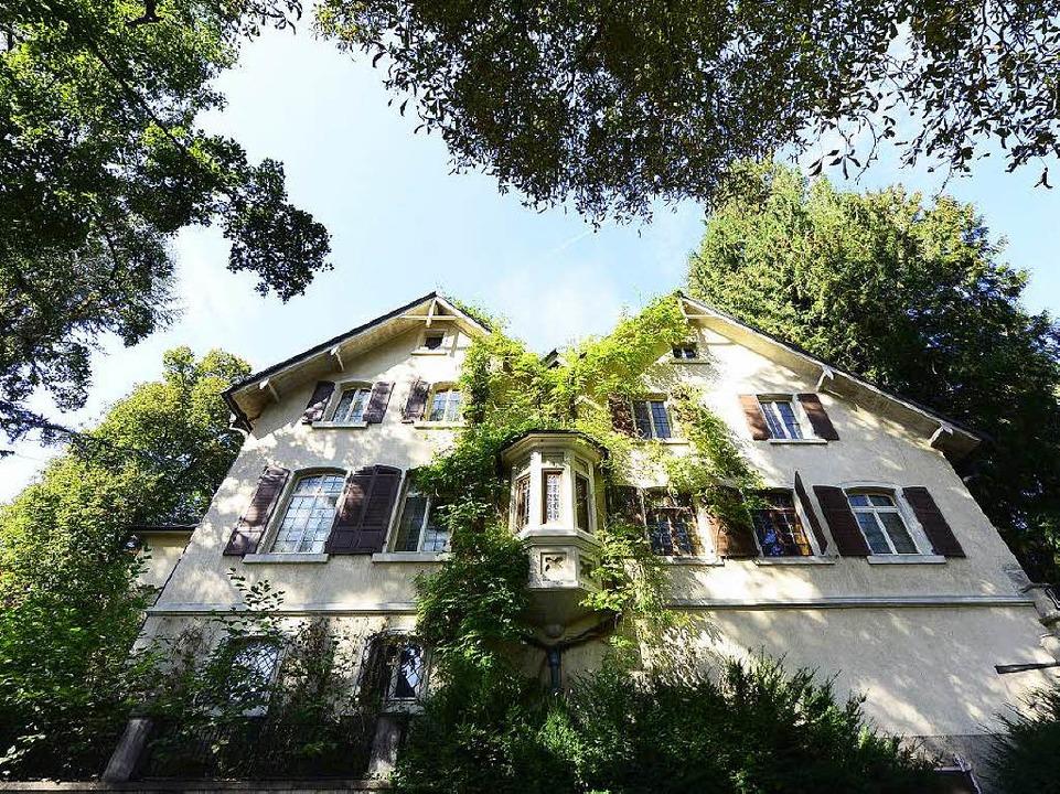Stattlich: die Reinhold-Schneider-Villa in der Mercystraße 2  | Foto: Ingo Schneider