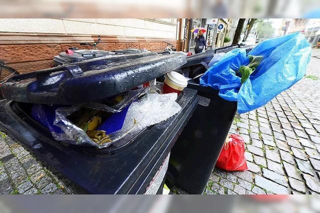 Freiburg rüstet Mülltonnen mit Elektro-Chip auf