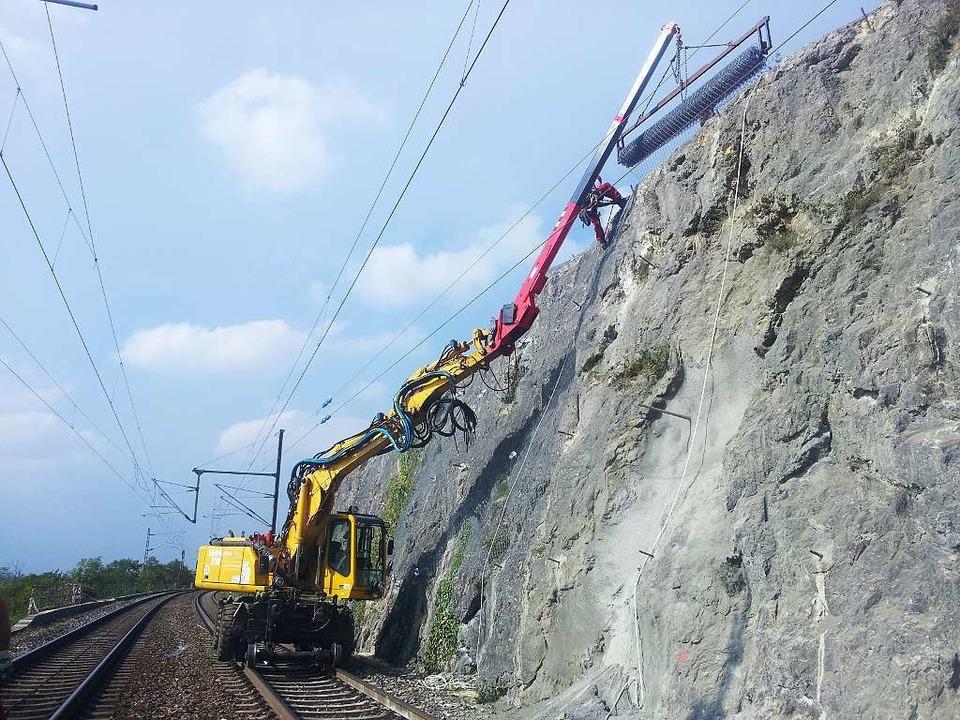Teils bis zu 15 Meter hoch sind die Sicherungsverbauungen.  | Foto: zvg