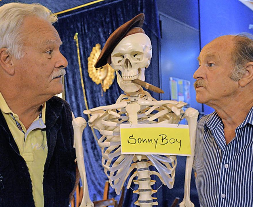 Zerstrittene Sonny Boys: Willie (Günther Geiser, re.) und John (Horst Bachmann)  | Foto: B. ruda