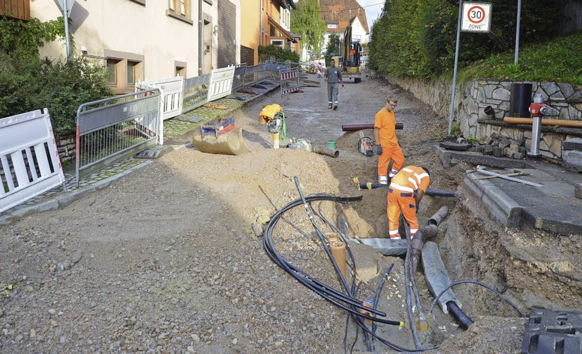 Wo immer in Löffingen eine Straße sani...rohr für Glasfaser Kabel mit verlegt.   | Foto: Martin Wunderle