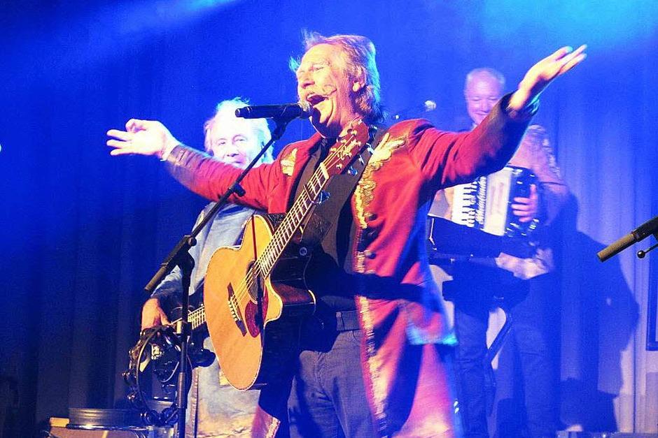 Die Höhner sorgten mit ihrer Musik für Begeisterung bei den Fans im Neuenburger Stadthaus. (Foto: Jutta Schütz)