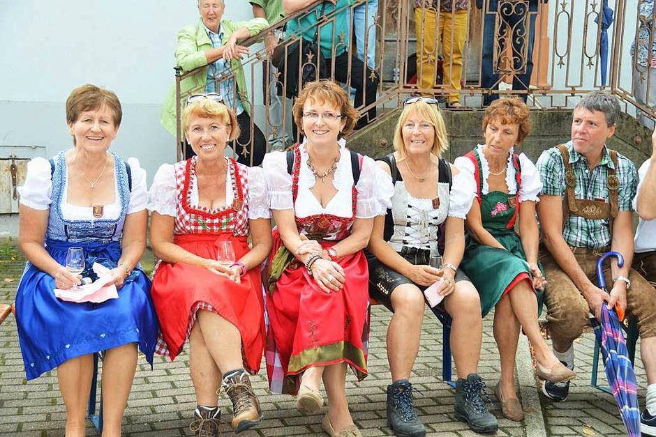 1000 Teilnehmer in 50 Gruppen und zahlreiche Zuschauer hatten ihren Spaß beim Auggener Trachtenumzug. (Foto: sigrid umiger)