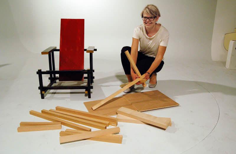 Rietveld stuhl zeichnung  Eine Ikone des Designs als Bausatz - Weil am Rhein - Badische Zeitung