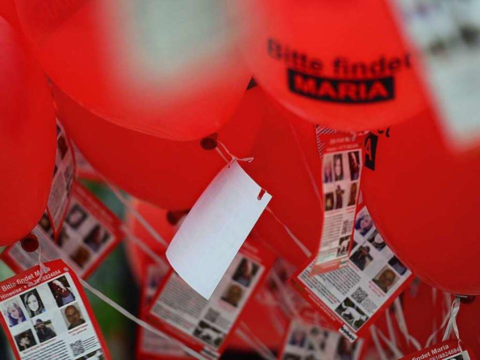 Auch mit einer Luftballon-Aktion wurde...rmisstenfall Maria aufmerksam gemacht.  | Foto: Ingo Schneider