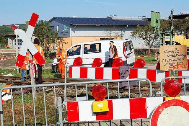 Unfall Ihringen: Hat der Lkw-Fahrer das Rotlicht übersehen?