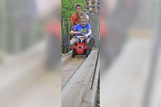 Der Kletterwald bei Staufen bietet Mutproben für Kinder wie Erwachsene