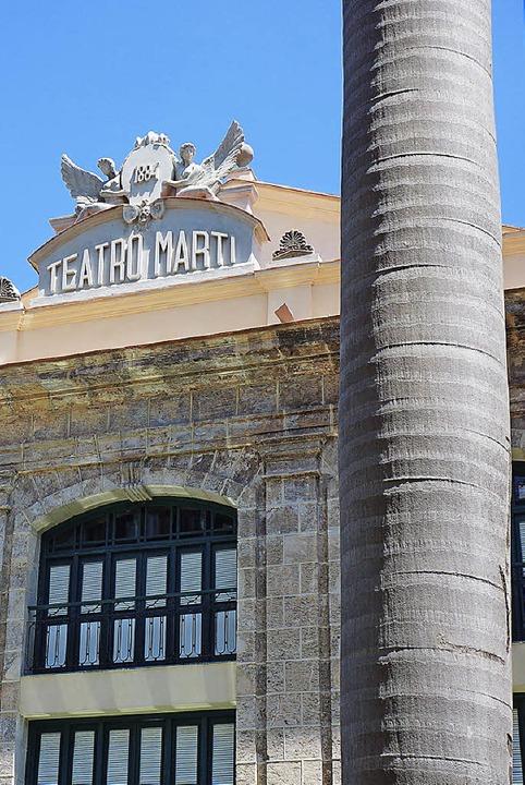 Wurde fast 30 Jahre lang renoviert: das Teatro Martí  | Foto: Martin Cyris